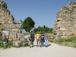 The team infront of the wall of the ancient Roman SPA resort at Pamuk Kale